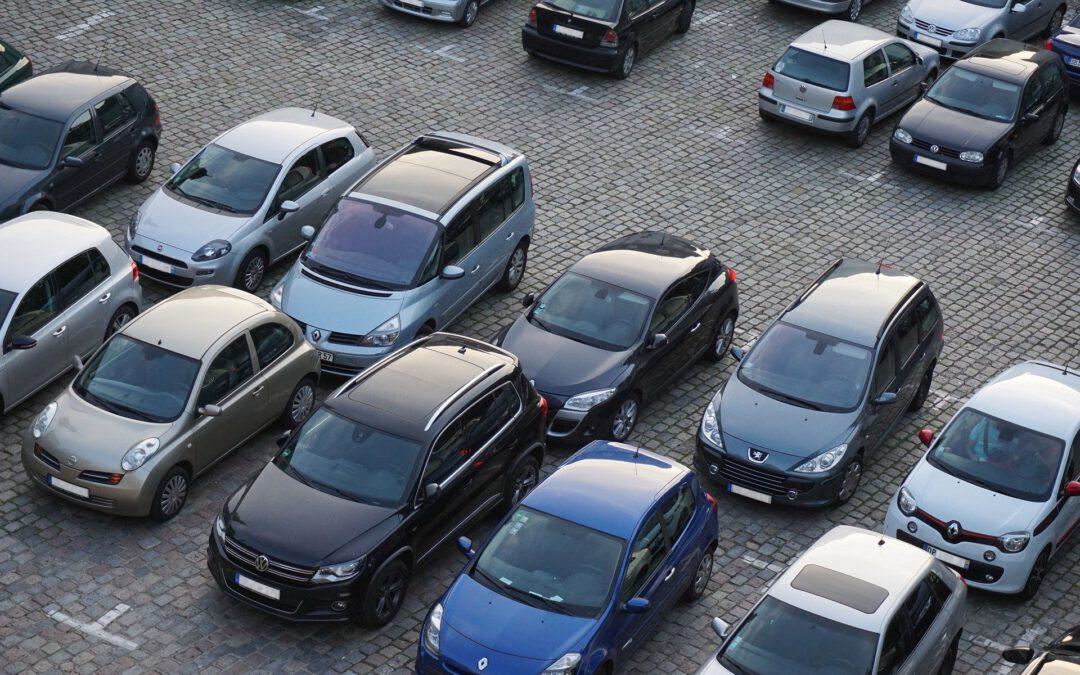 Zusätzliche Parkplätze auf dem Schwanenplatz – Anfrage an den Ausschuss für Stadtentwicklung und Verkehr